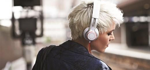 Jabra-Revo-Wireless-Review-1
